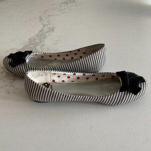 Women's Fergalicious Fergie Ballet shoes sz 6.5